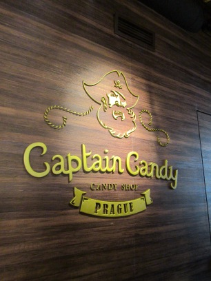 Captain Candy 1